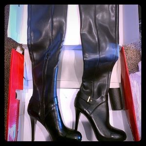 Brand new in box tall guess boots
